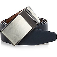 Brown and blue reversible plate belt