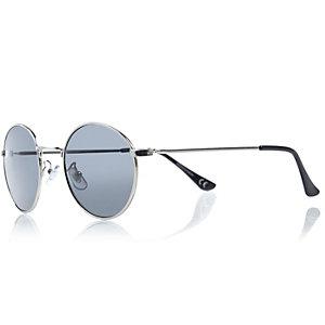 Black Yoko round sunglasses