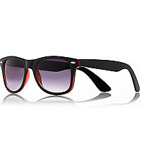 Black red inside retro sunglasses