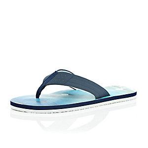 Blue beach print flip flops