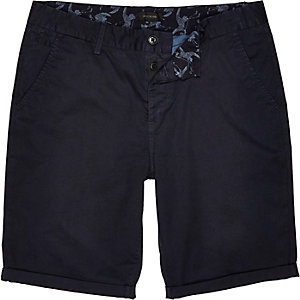 Navy slim chino shorts