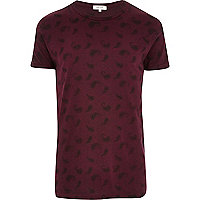 Dark red paisley print t-shirt