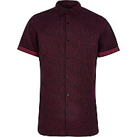 Dark red textured poplin short sleeve shirt