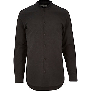 Black baseball collar shirt