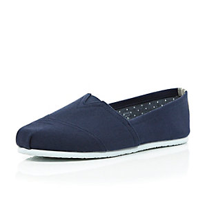 Navy canvas slip on plimsolls