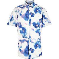 White blurred floral print short sleeve shirt