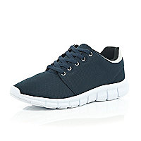 Navy blue runner trainers
