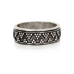 Silver tone ethnic engraved ring