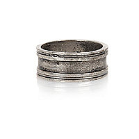 Gunmetal tone engraved simple ring