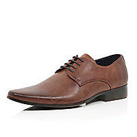 Brown matte pointed formal shoes