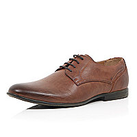 Brown burnished pointed formal shoes