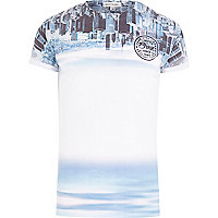 Blue upside down skyline print t-shirt