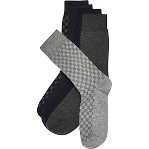 Grey checked board socks pack