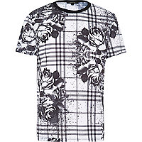 White floral splash print curved hem t-shirt