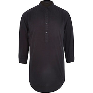 Black overhead longer length 3/4 sleeve shirt