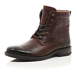 Brown nubuck military boots