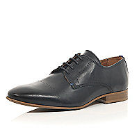 Black leather formal embossed shoes