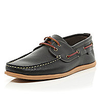 Brown gum sole boat shoes