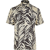 Black Hawaiian leaf print short sleeve shirt