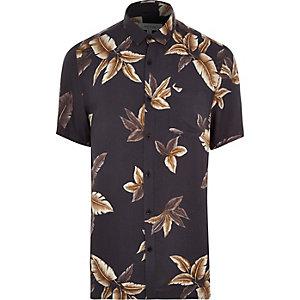 Grey leaf print short sleeve shirt