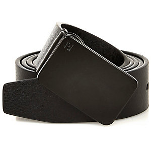 Plain black plate belt