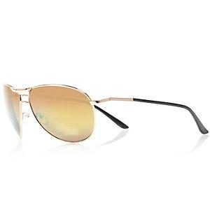 Gold tone tinted lens aviator sunglasses