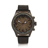 Black smart chunky watch