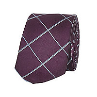 Maroon window check tie