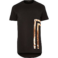 Black placement foil print curved hem t-shirt