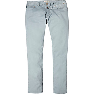Light wash denim skinny jeans