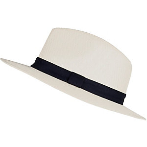 White straw panama hat