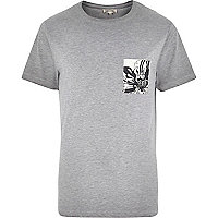 Grey contrast floral pocket t-shirt
