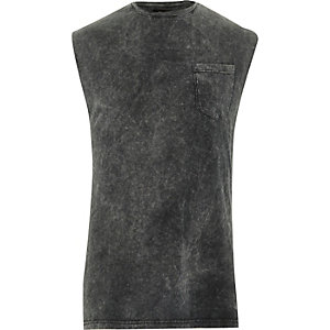 Black acid wash stepped hem tank top
