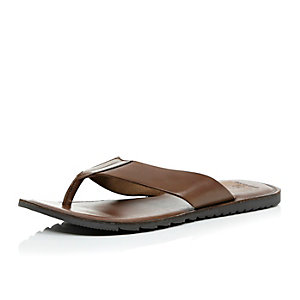 Brown leather plain sandals