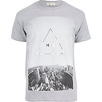 Light grey NYC triangle print t-shirt