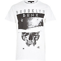 White Brooklyn skull print t-shirt