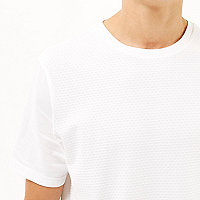 White dotty texture t-shirt