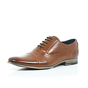 Brown leather formal lace up shoes