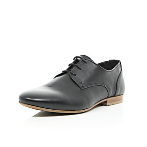 Black leather contrast sole formal shoes