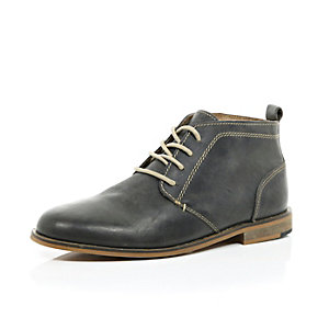 Grey leather lace up desert boot