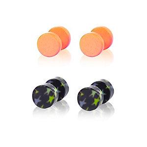 Pink star plug earrings
