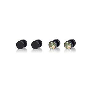Green Hawaiian print plug earrings