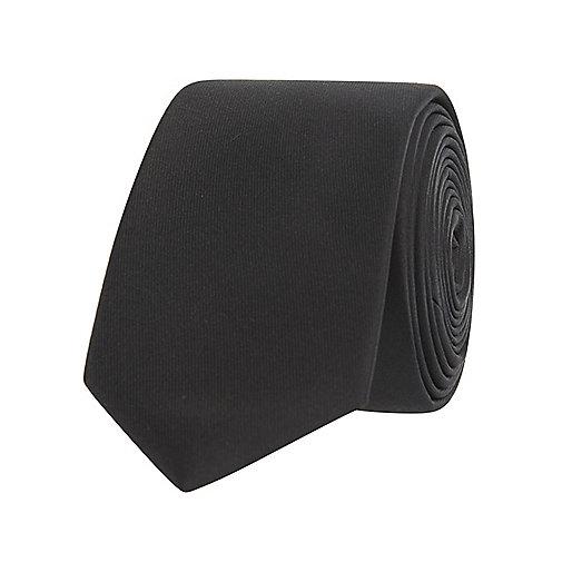 Cravate noire