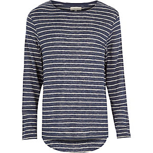 Blue stripe curved hem t-shirt