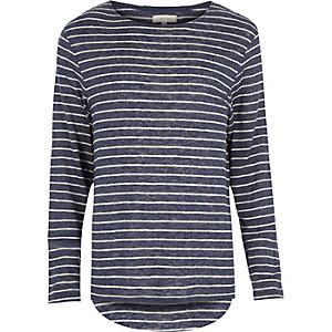 Blue stripe curved hem t-shirt