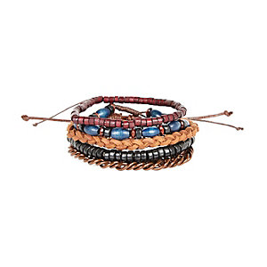 Red woven bracelet pack