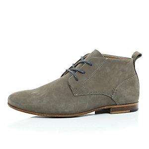 Beige nubuck chukka boots