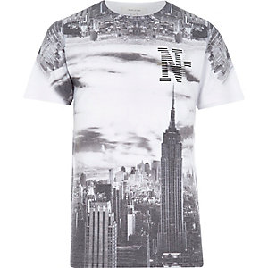 White empire state photographic print t-shirt