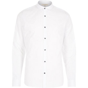 White textured collar long sleeve shirt