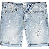 Light wash ripped slim denim shorts